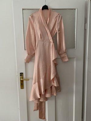 Asymmetrisches Satin Volant Kleid