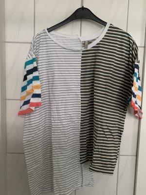Asymmetrisches T-Shirt im Retro Look