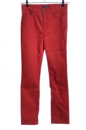 Atelier Gardeur pantalón de cintura baja rojo look casual