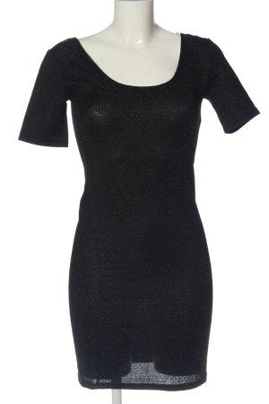 Atmosphere Mini vestido negro look casual