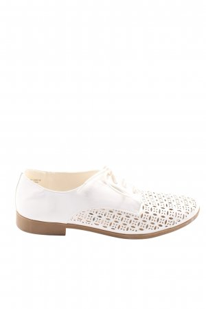Atmosphere Oxfords white casual look