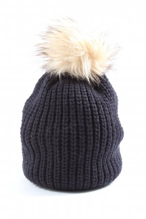 Atmosphere Knitted Hat black-cream cable stitch classic style
