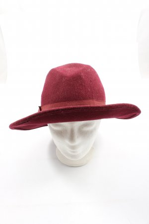 Atmosphere Traditional Hat red casual look