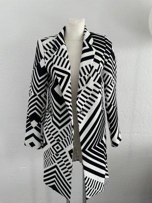 Attentif Paris 38 schwarz weiß Mantel