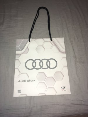 AUDI Shopper wit-zilver