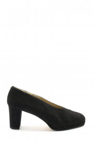 Audley Classic Court Shoe black casual look