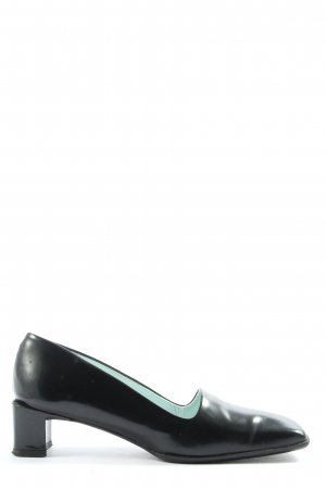 Audley Loafers black casual look