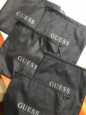 Aufbewahrungsbeutel von Guess 5x