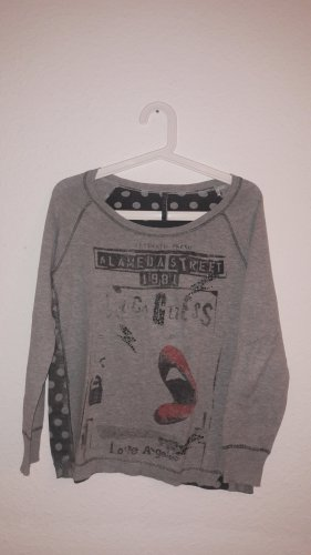 Auffälliger Pullover Guess 34