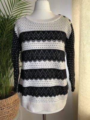 Auffälliger Pullover | Spitzenmuster | Schwarz/Weiß