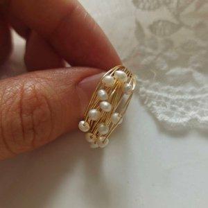 Aurora Pearl Wickel Ring