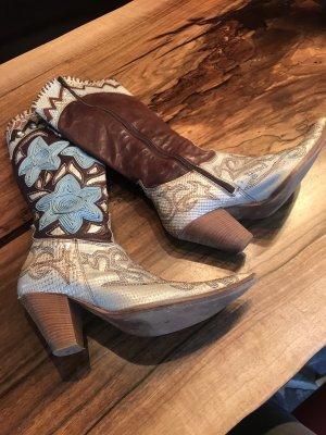Ausgefallene Cowboystiefel