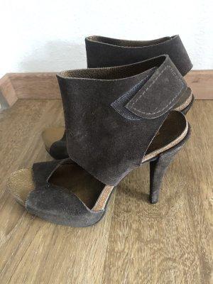 Ausgefallene high heels