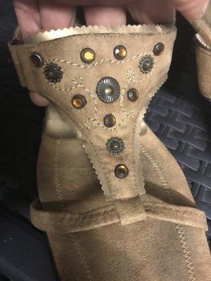 Ausgefallene Sandalen