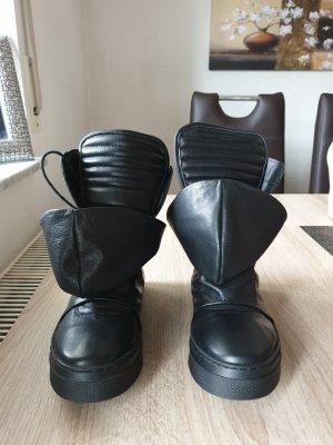 Ausgefallene Sneacker Stiefel ECHT Leder der Marke TENDENZ Gr 35 Schwarz wie Neu
