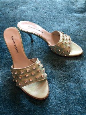 Zapatos de tacón con barra en T color plata-menta