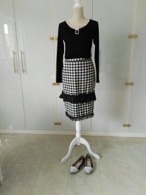 Falda con flecos blanco-negro