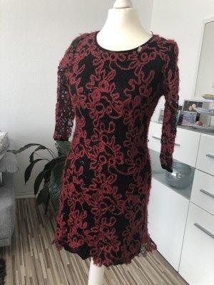 ausgefallenes minikleid in rot schwarz
