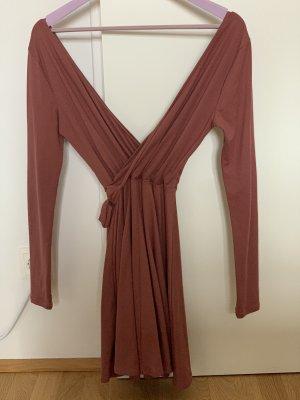 Ausgeschnittenes Mini Kleid