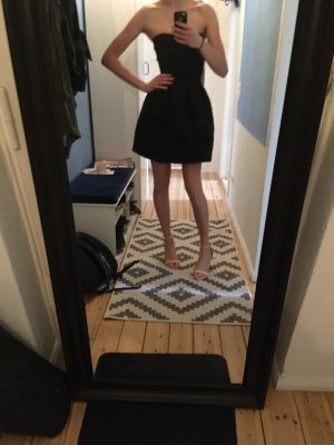 Ausgestelltes Bandage Kleid