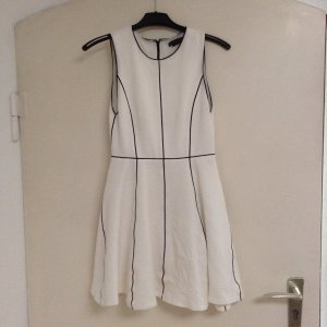 Alice + Olivia A Line Dress white-black