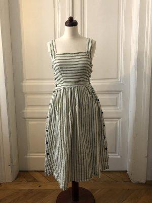 Ausgestelltes Kleid FRNCH