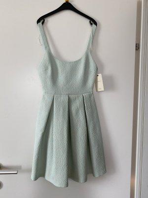 Ausgestelltes Kleid von Zara in XS NEU