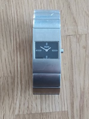 0039 Italy Watch With Metal Strap silver-colored-black metal