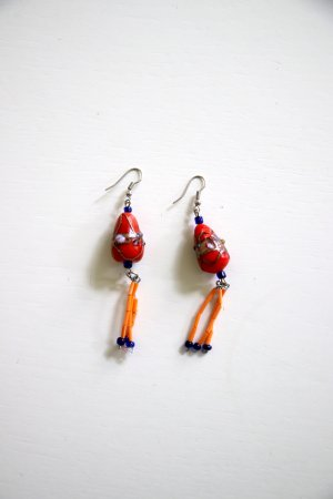 Außergewöhnliche Ohrringe aus Mazedonien rot orange königsblau