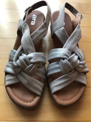 ara Sandalo con cinturino argento-grigio