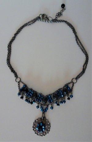 Außergewöhnliches Trachten-Collier mit saphierblauen Steinen