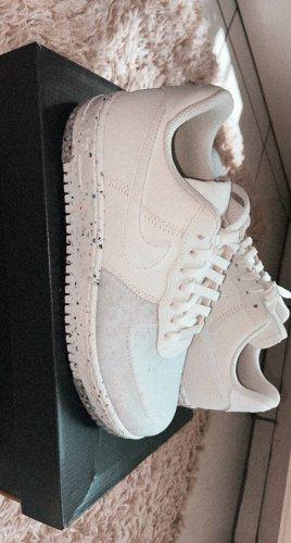 Ausverkaufte Nike Air Force 1 Crater