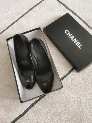 Auth. Chanel Pumps 38