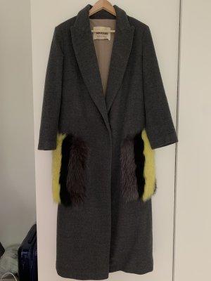 0039 Italy Manteau en laine gris-jaune