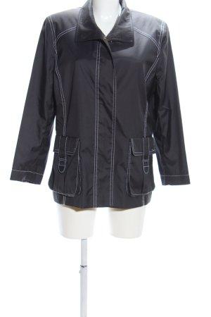Avantgarde Between-Seasons Jacket light grey casual look
