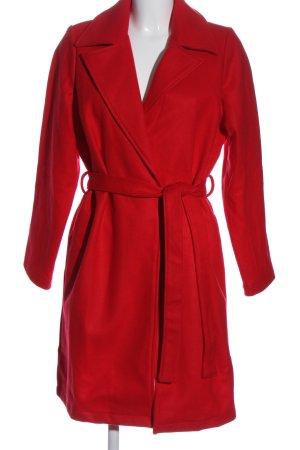 Avon Abrigo largo rojo look casual
