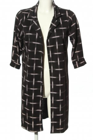 Ayanapa Between-Seasons-Coat black-white casual look