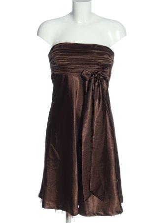b.p.c. Bonprix Collection Robe épaules nues brun style décontracté