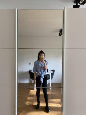 Babyblau Bluse mit Schleife