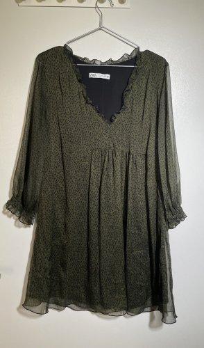 Babydoll Kleid in Olive