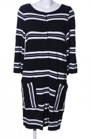 Backstage Cardigan black-white striped pattern casual look