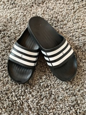 Adidas Pantoufles noir-blanc