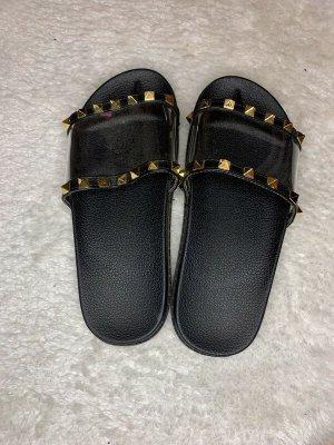 Sandały plażowe czarny-złoto