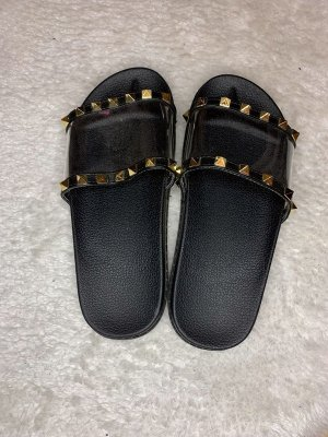 Beach Sandals black-gold-colored