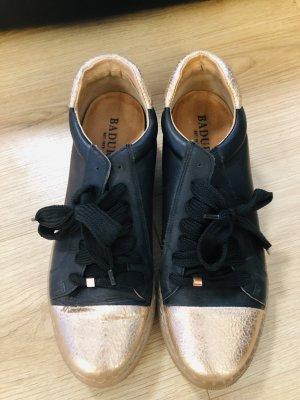 Badura sneakers