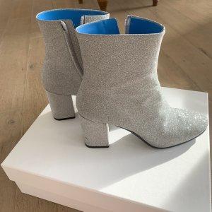 Balenciaga Low boot argenté