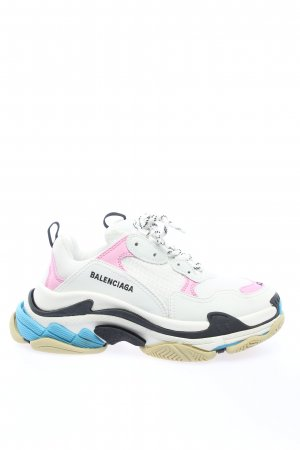 "Balenciaga Lace-Up Sneaker ""Triple S Sneakers"""