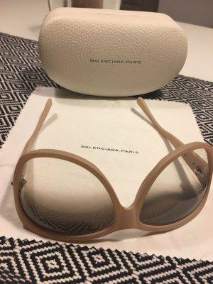 Balenciaga Sonnenbrille in edlem beige