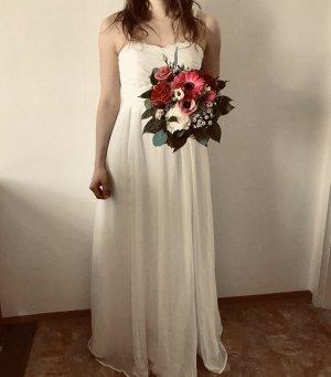 Ball- oder Brautkleid