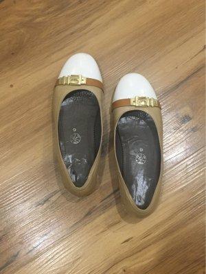 Jenny Ballerina di pelle verniciata crema